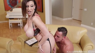 Johnny Castle gets pleasured by Sara Jay