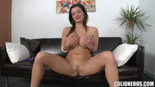 Busty pornstar Aletta Ocean spreads to be fucked