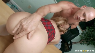 Jessie Rogers is being fucked in the classroom
