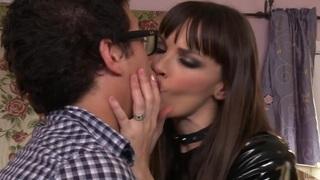 Latex loving babe Dana DeArmond seduces a nerdy guy