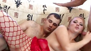 Siren arouses dudes needs with zealous gratifying