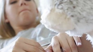 He quickly exploded his cum inside Hollie