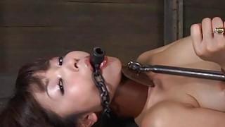 Tough gal in shackles gets her slit pumped