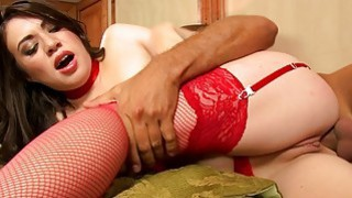 Glamour babe Tiffany Doll anal rammed