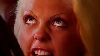 Henriette Blond Takes a Double Facial After DP