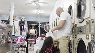 Hairy Latina perv bangs in laundromat