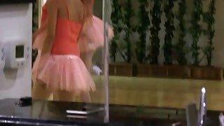 Nina got finger fucked in a ballerina class